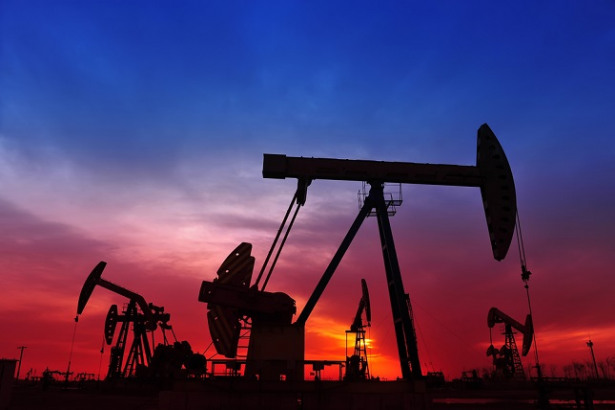 Oil dragged into US-China trade war, prices slump