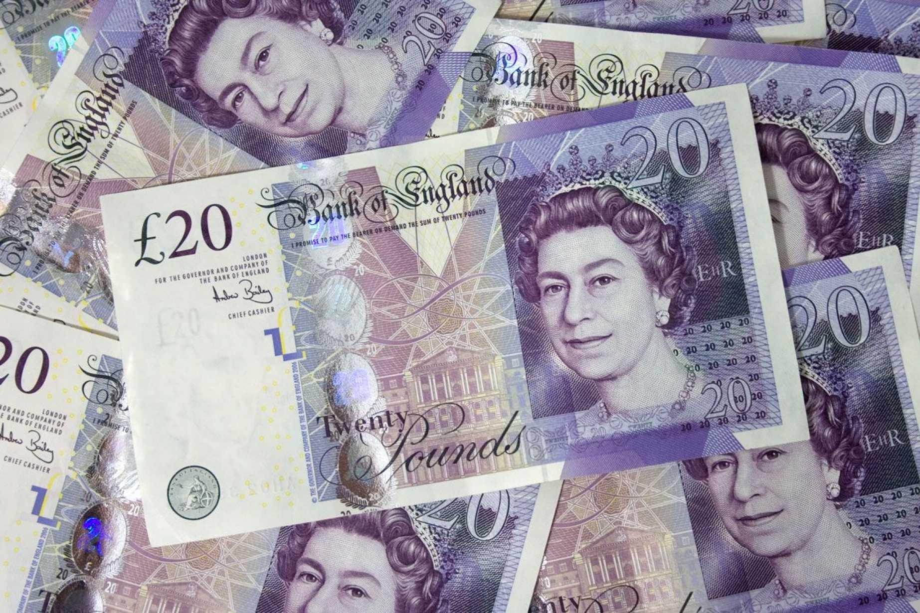 British Pound Tumbles On Moody 039 S