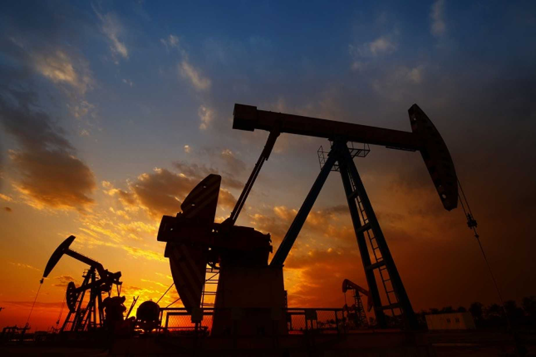 Crude Oil Price Forecast - Crude oil markets continue to show strength