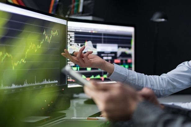How to Outsmart those Irksome, Powerful High-Frequency Traders