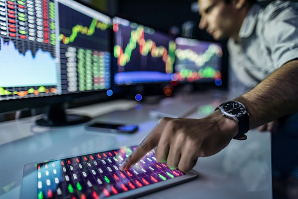 The Full Guide to Day Trading Using MetaTrader 5 (MT5)