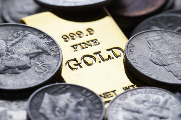Gold, Silver on Rebound Mode Ahead of FOMC Minutes