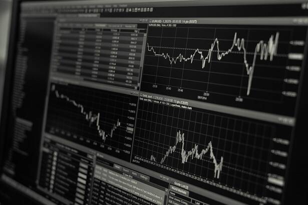 How Traders Can Take Advantage of Volatile Markets