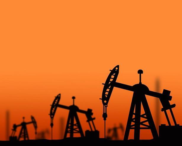 Crude Oil WTI Brent