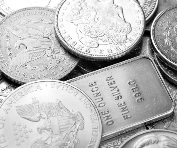 Silver Weekly Price Forecast - Silver Markets Reach Towards Previous Uptrend Line
