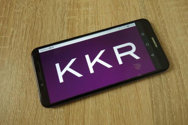 KKR stock