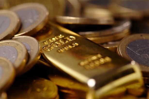 gold bar euro concept