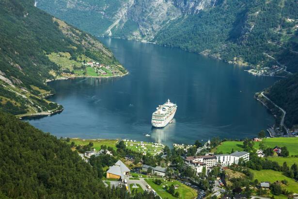 Royal Caribbean Cruises Ltd