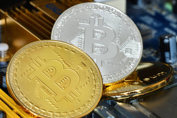 Crypto currency Bitcoin and Ethereum