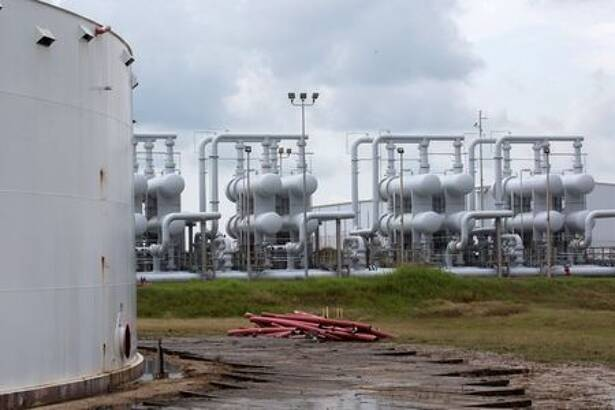 FILE PHOTO: An oil storage tank and crude oil pipeline equipment is seen during a tour by the Department of Energy at the Strategic Petroleum Reserve in Freeport