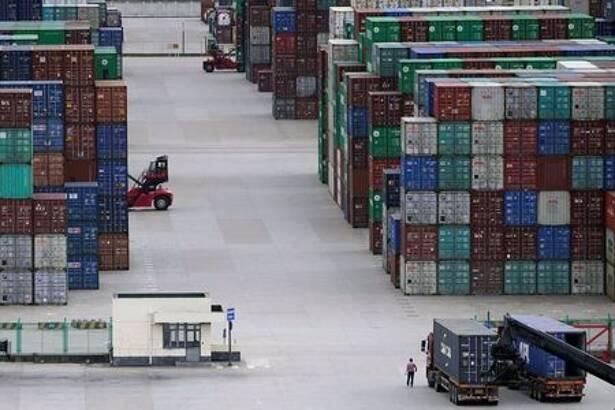 中国の5月ドル建て貿易統計、前年比で輸出+27.9%・輸入+51.1%