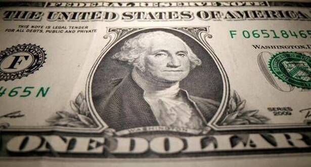 NY外為市場=ドル2カ月半ぶり高値、月間では16年11月以来の大幅上昇