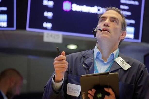 Operador em pregão na Bolsa de Valores de Nova York