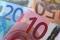 FOTO DE ARCHIVO: Una imagen ilustrativa de los billetes de euro