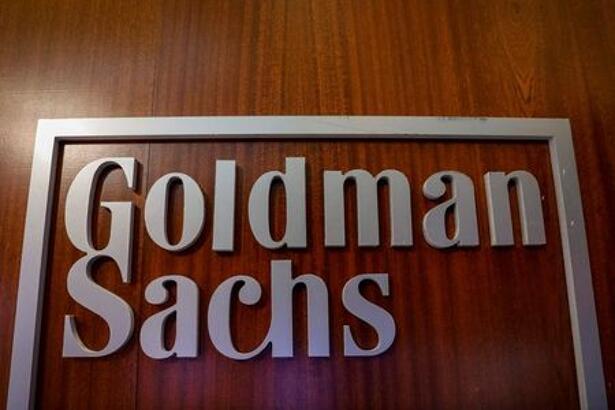 Imagen de archivo del logo de la compañía Goldman Sachs en el sector de la compañía en la Bolsa de Valores de Nueva York