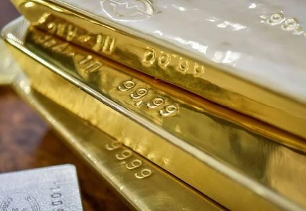 Imagen de archivo de lingotes de oro en una cámara del Banco Nacional de Kazajistán en Almaty. 30 septiembre 2016. REUTERS/Mariya Gordeyeva