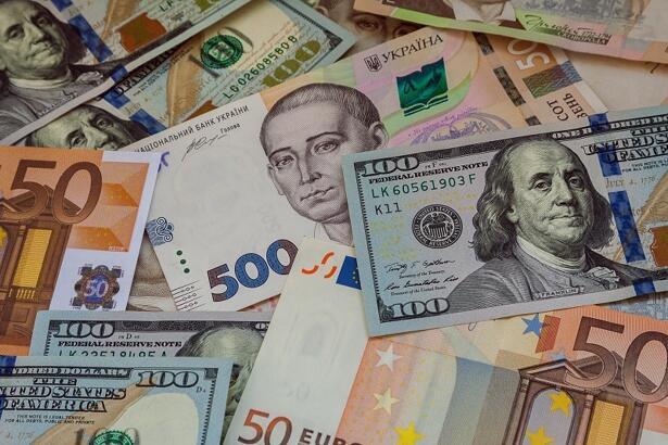 اليورو مقابل الدولار الأمريكي