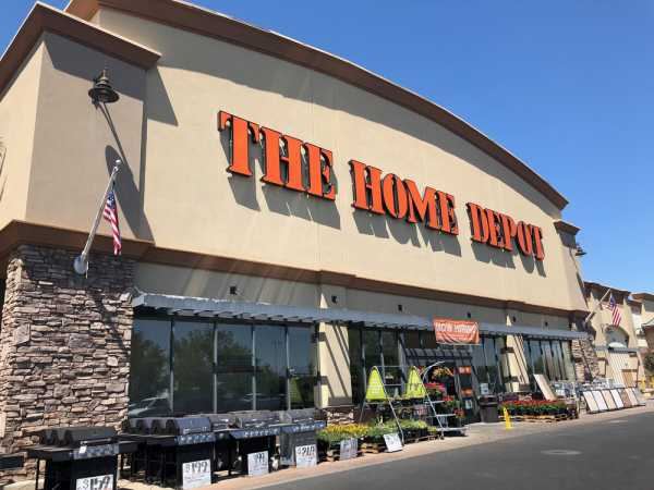 Home Depot Tanks On Earnings Global Markets Rise No End To Trade War In Sight