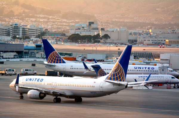 United Airlines Forecasts Bigger Q3 Revenue Loss As COVID-19 Slowdown to Last Longer; Target Price $25 in Worst Case thumbnail